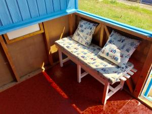 photo 4 of Beach hut H229, 2-row for hire Frinton-on-Sea