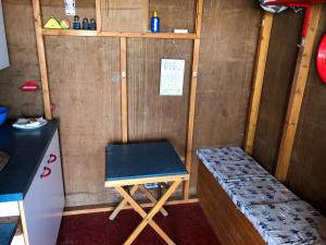 photo 5 of Beach hut H229, 2-row for hire Frinton-on-Sea