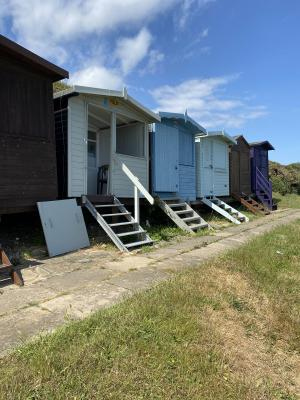 photo 2 of Beach hut H241, 2-row for hire Frinton-on-Sea
