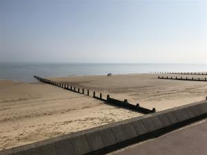 photo 2 of Beach hut 437 for hire Frinton-on-Sea