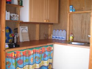 photo 6 of Beach hut Oasis - 154 for hire Frinton-on-Sea