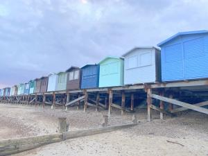 photo 1 of Beach hut 76 Walings for hire Frinton-on-Sea